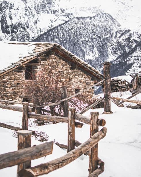 Escursioni-con-le-ciaspole-in-Val-di-Susa-5