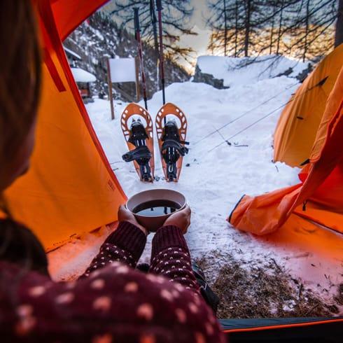 Cosa fare in inverno in Val di Susa - Notte-in-tenda-sulla-neve Rifugio Toseca